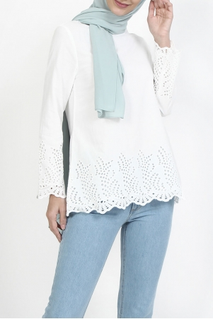 Baylee Embroidered Eyelet Lace Blouse - White