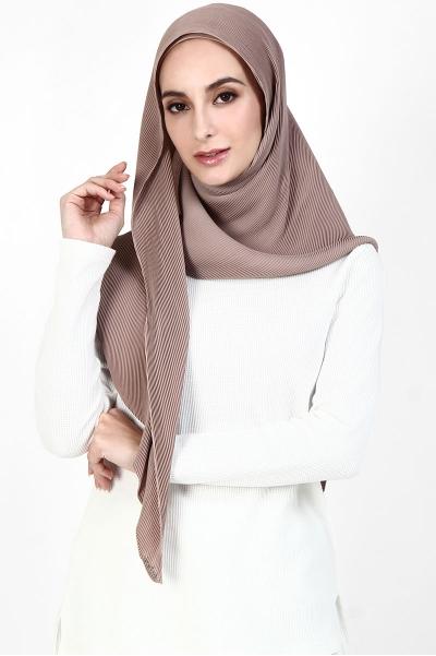 Kiara Triangle Pleated Headscarf