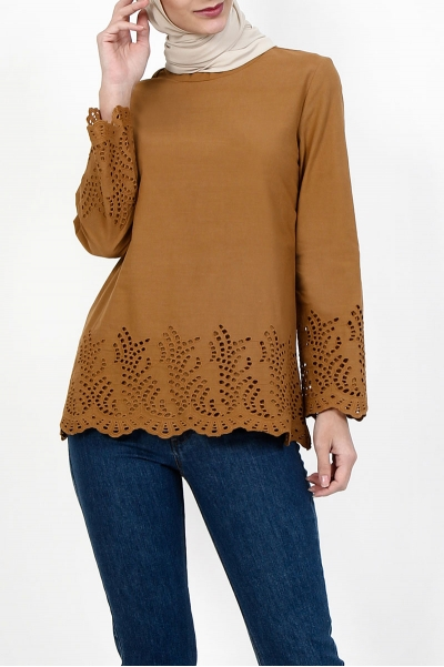 Baylee Embroidered Eyelet Lace Blouse