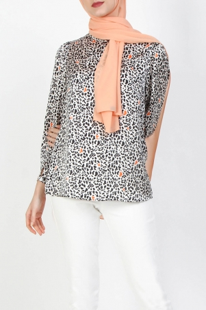 Wenda Printed Blouse - White Leopard Print