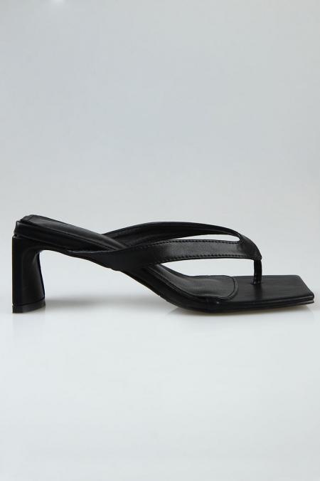 Varina Toe Post Heels - Black