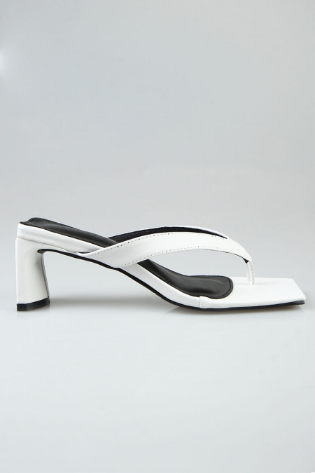 Varina Toe Post Heels - White