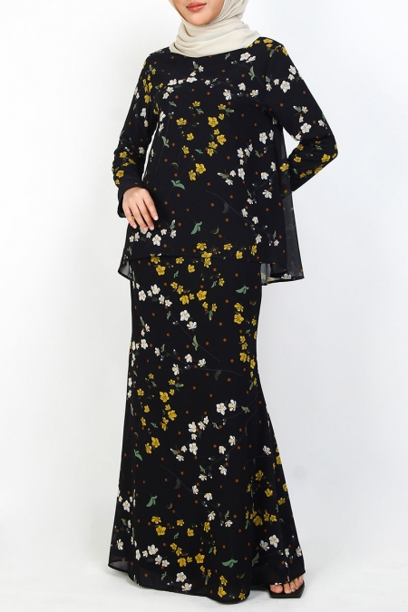 Indeela Blouse & Skirt - Black Floral